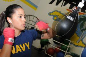 Teknikträning på en boxboll